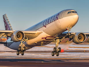 A7-AEJ - Qatar Airways Airbus A330-300