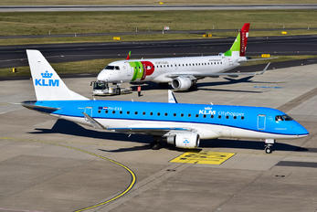 PH-EXX - KLM Cityhopper Embraer ERJ-175 (170-200)