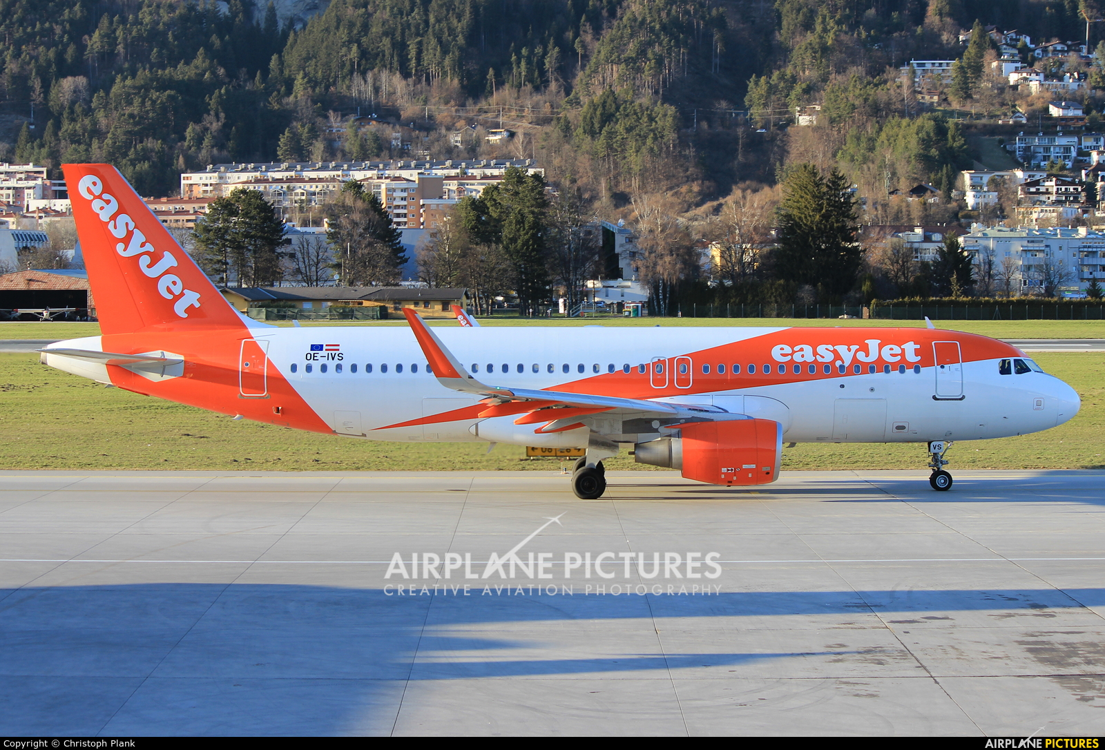 easyJet Europe OE-IVS aircraft at Innsbruck