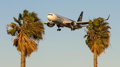 N318UP - UPS - United Parcel Service Boeing 767-300F