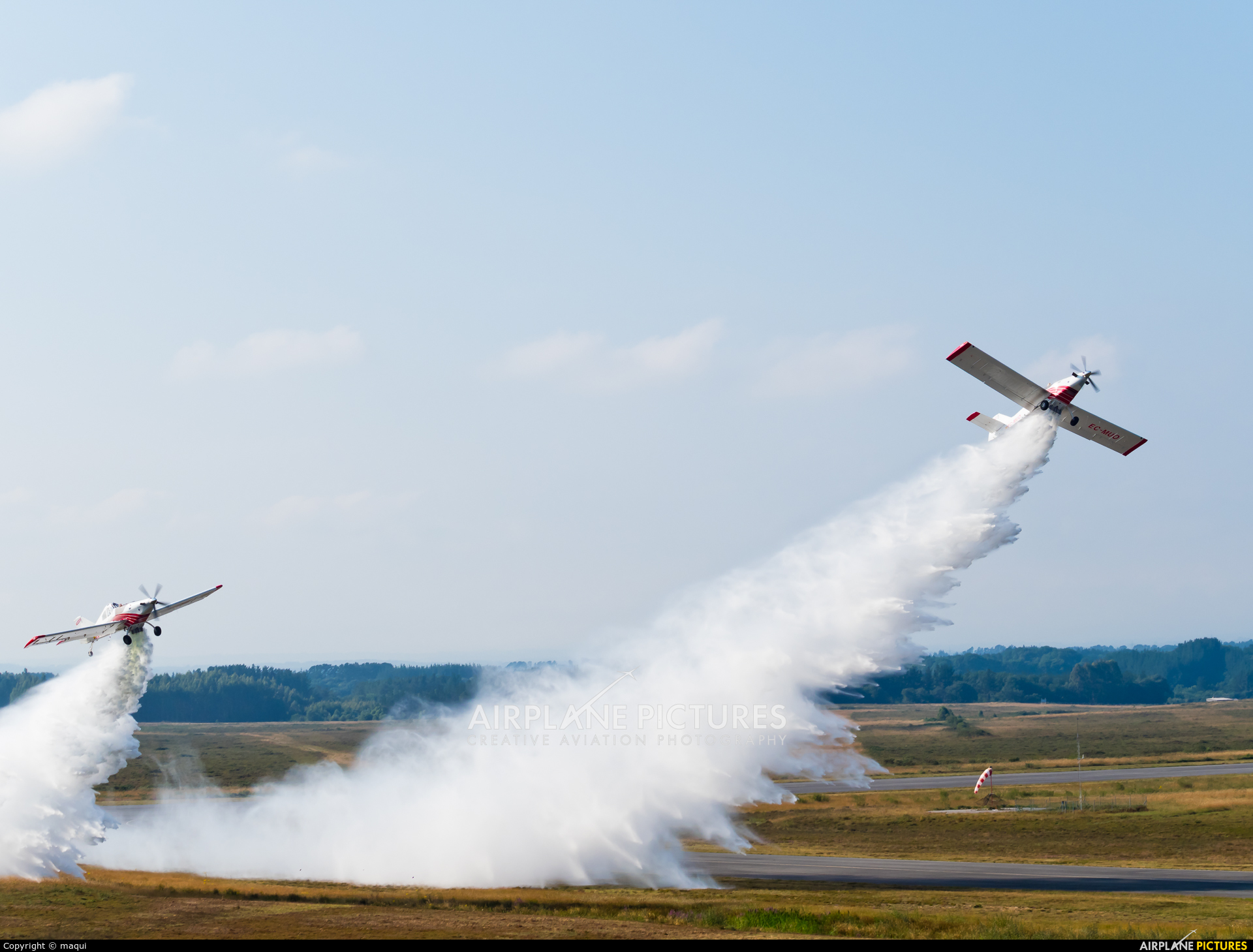 Plysa EC-MVL aircraft at Lugo - Rozas
