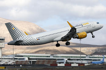 EC-MAH - Vueling Airlines Airbus A320