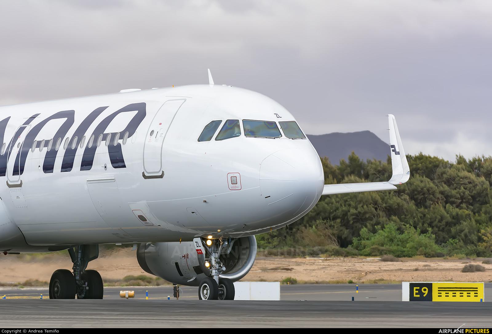 Finnair OH-LZL aircraft at Fuerteventura - Puerto del Rosario