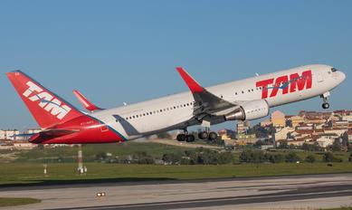 PT-MSS - TAM Boeing 767-300ER
