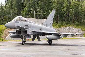 ZJ920 - Royal Air Force Eurofighter Typhoon F.2