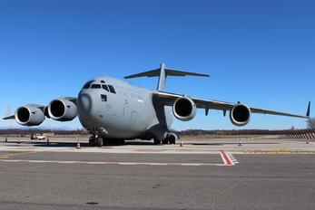 1226 - United Arab Emirates - Air Force Boeing C-17A Globemaster III