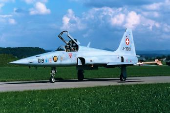 J-3019 - Switzerland - Air Force Northrop F-5E Tiger II
