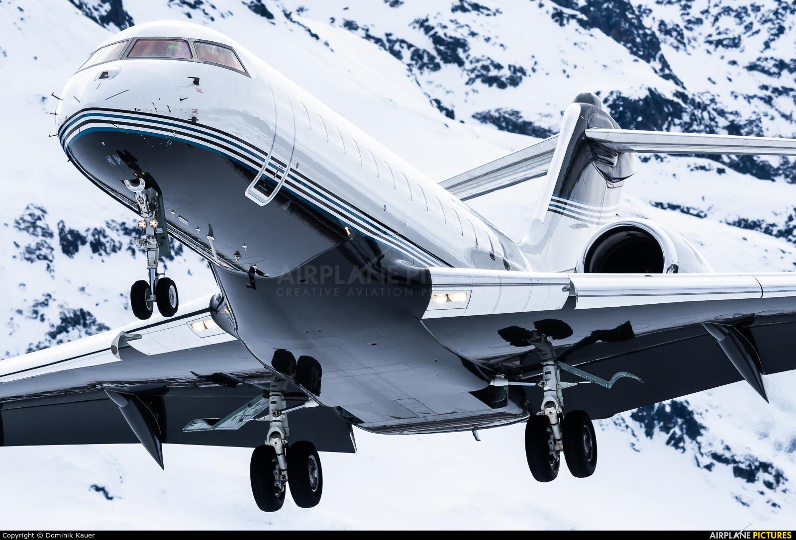 Private G-GLOB aircraft at Samedan - Engadin