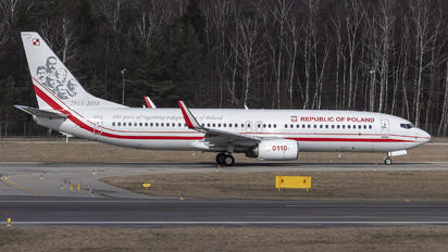 0110 - Poland - Air Force Boeing 737-86X(WL)