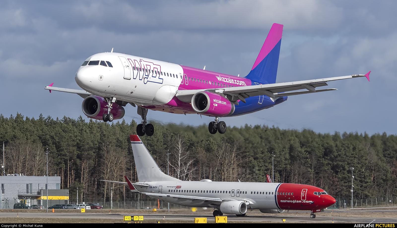 Wizz Air HA-LYU aircraft at Gdańsk - Lech Wałęsa