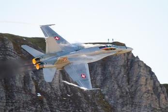 J-5007 - Switzerland - Air Force McDonnell Douglas F/A-18C Hornet