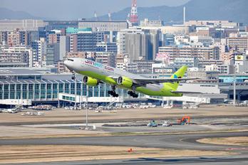 HL7733 - Jin Air Boeing 777-200ER
