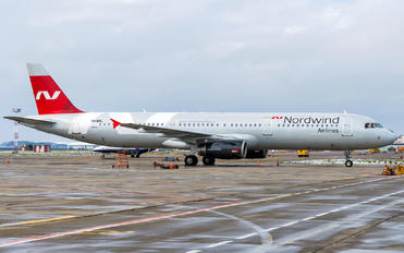 VQ-BRL - Nordwind Airlines Airbus A321