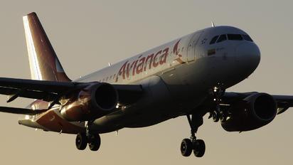N690AV - Avianca Airbus A319