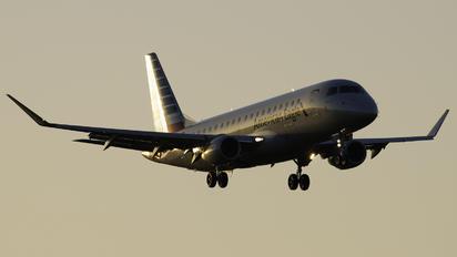 N426YX - American Eagle Embraer ERJ-170 (170-100)