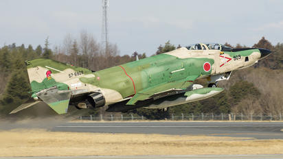 57-6909 - Japan - Air Self Defence Force Mitsubishi RF-4E Kai