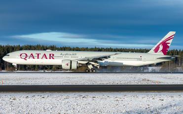 A7-BAH - Qatar Airways Boeing 777-300ER