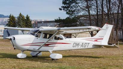 OM-AGT - Private Cessna 172 Skyhawk (all models except RG)