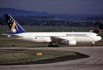 VH-RME - Ansett Australia Boeing 767-200