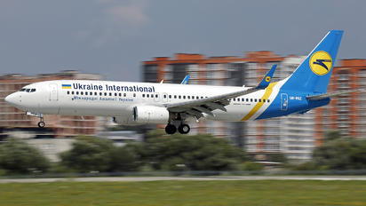 UR-PSZ - Ukraine International Airlines Boeing 737-86J