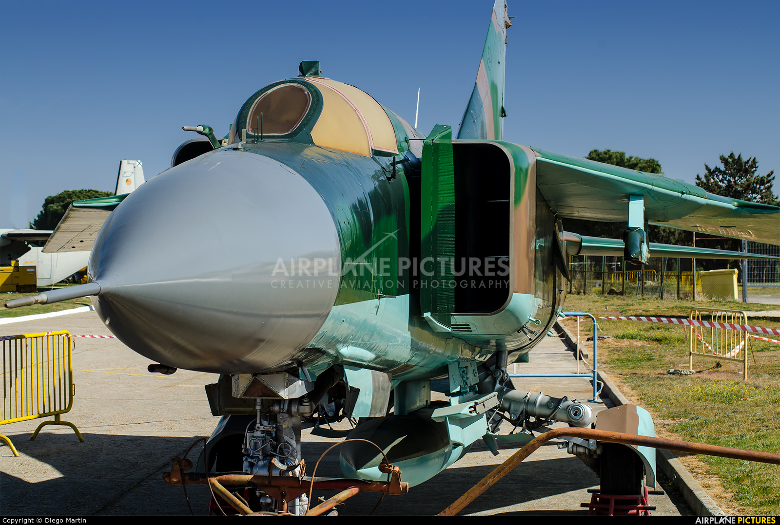 - aircraft at Off Airport - Spain