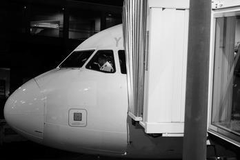 PR-MYR - TAM Airbus A320