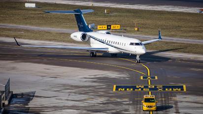 G-MAZS - Gama Aviation Bombardier BD-700 Global 6000