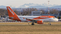 HB-JYF - easyJet Switzerland Airbus A319 aircraft