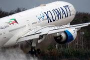 9K-AOM - Kuwait Airways Boeing 777-300ER aircraft