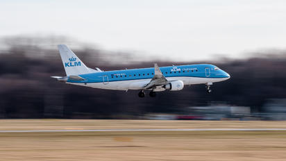 PH-EXJ - KLM Cityhopper Embraer ERJ-175 (170-200)