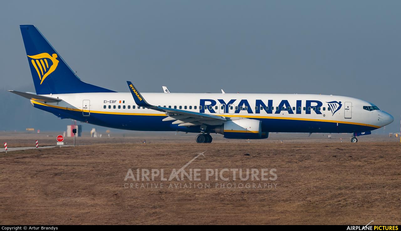 Ryanair EI-EBF aircraft at Kraków - John Paul II Intl