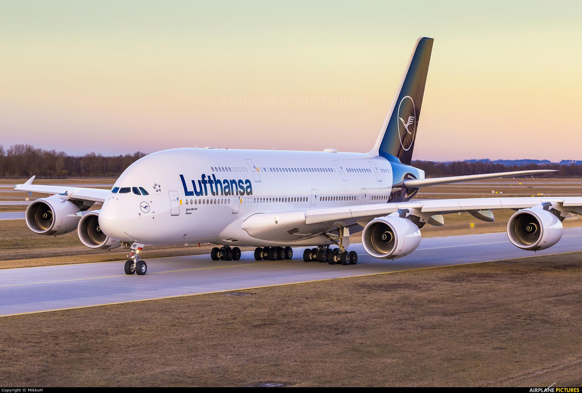 Lufthansa D-AIMB aircraft at Munich