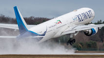 9K-AOM - Kuwait Airways Boeing 777-300ER aircraft