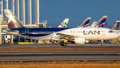 CC-BAY - LAN Airlines Airbus A320