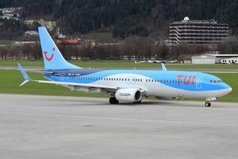 G-TAWF - TUI Airways Boeing 737-800