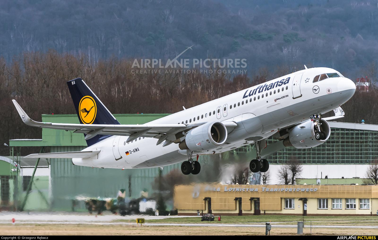 Lufthansa D-AIWA aircraft at Kraków - John Paul II Intl