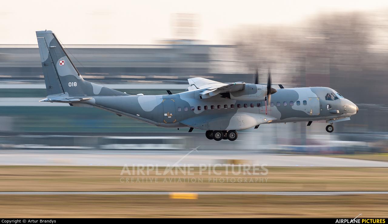 Poland - Air Force 018 aircraft at Kraków - John Paul II Intl