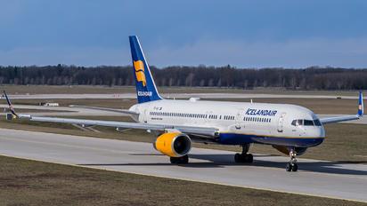 TF-ISJ - Icelandair Boeing 757-200WL