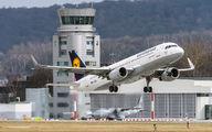 D-AIZZ - Lufthansa Airbus A320 aircraft