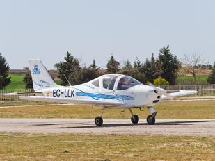 EC-LLK - Escuela de Pilotos Casarrubios Tecnam P2002 Sierra RG