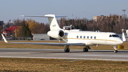 01-0076 - USA - Air Force Gulfstream Aerospace C-37A