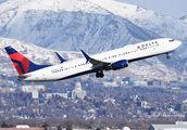 N880DN - Delta Air Lines Boeing 737-900ER aircraft