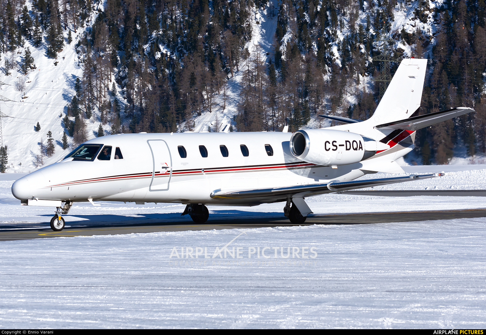 NetJets Europe (Portugal) CS-DQA aircraft at Samedan - Engadin