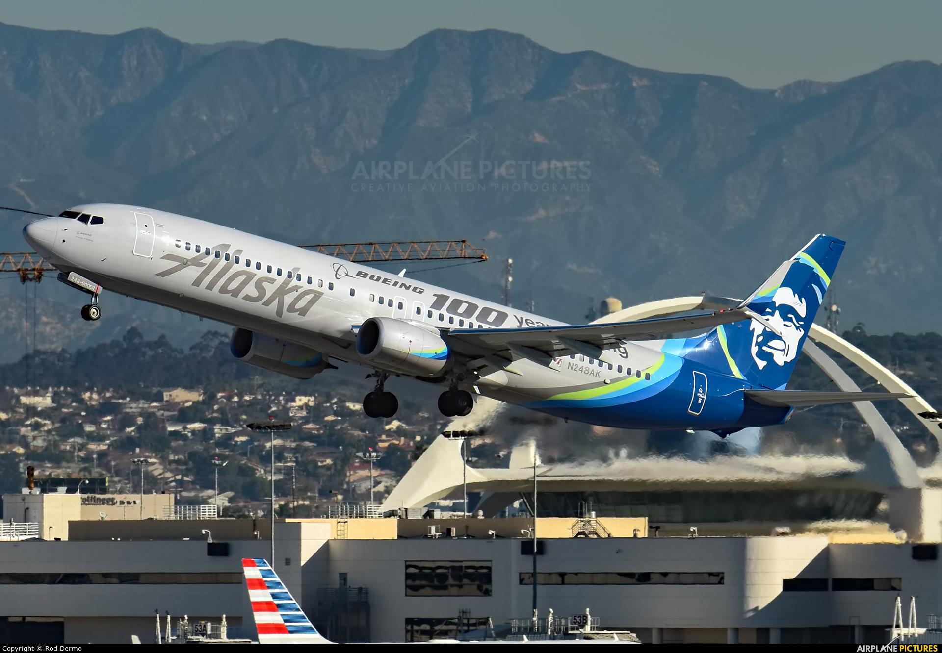 Alaska Airlines N248AK aircraft at Los Angeles Intl