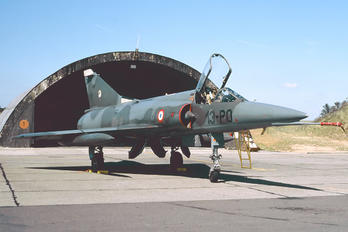 53 - France - Air Force Dassault Mirage V