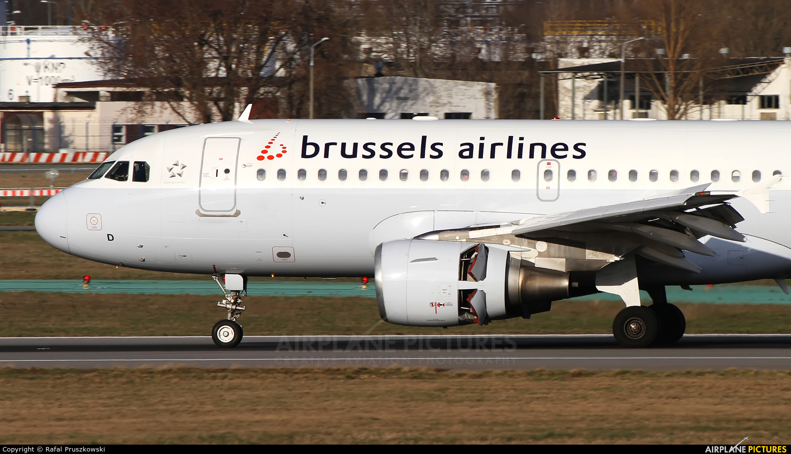 Brussels Airlines OO-SSD aircraft at Warsaw - Frederic Chopin