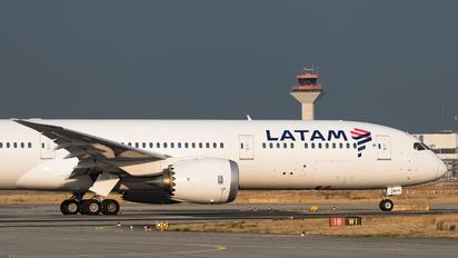 CC-BGA - LATAM Chile Boeing 787-9 Dreamliner