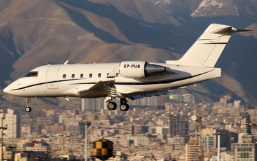 EP-PUB - Pouya Air Bombardier CL-600-2B16 Challenger 604