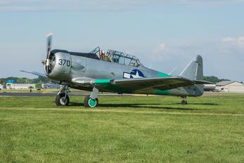 N7090C - Private North American Harvard/Texan (AT-6, 16, SNJ series)