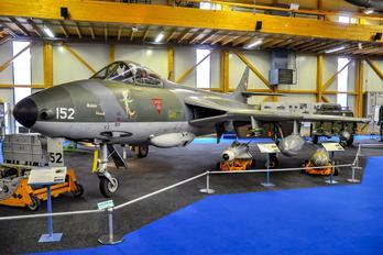 J-4152 - Switzerland - Air Force Hawker Hunter F.58
